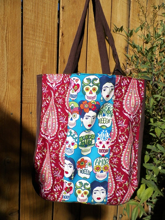 Big Tote La Fete Tote Gotas de Amor and Paisley Pod Flowers
