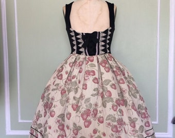 Strawberry underbust dress
