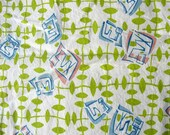 Vintage 1930's Feedsack Cotton Feedsack Fabric, Modernist Design w Green Vines and Letter Boxes