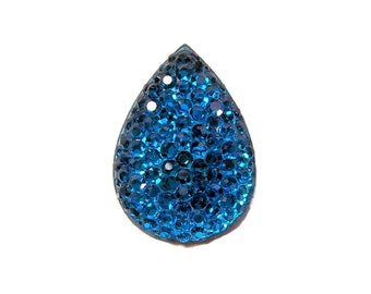 Teardrop cabochon 18x25mm in faceted Blue