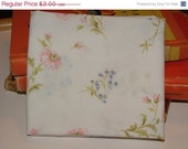"Final Clearance 75% OFF Vintage Sheets Fabric - Fat Quarter - ""Spring Bouquet"""