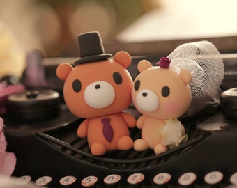 bear Wedding Cake Topper-love bear with sweet heart---k945