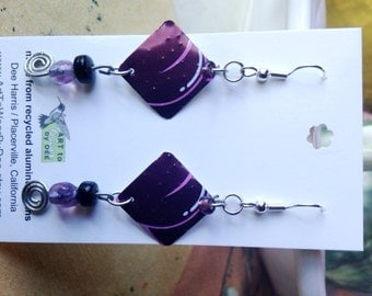 Purple bead/wire recycled can earrings