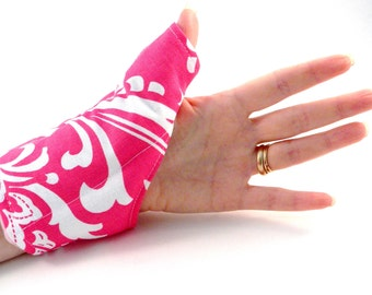 Thumb Hand Wrist Heating Pad, Heat Pack for Thumb Wrist Hand, hot cold wrap, carpal tunnel, texting gift, arthritis, unique girl gift pink