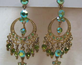 Chandelier Green Rhinestone Earrings Pierced Post Aurora Gold Vintage Dangle