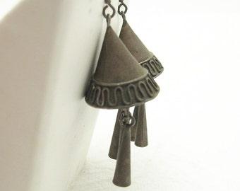 Long Tribal Earrings Primitive Vintage Jewelry Rustic E6553