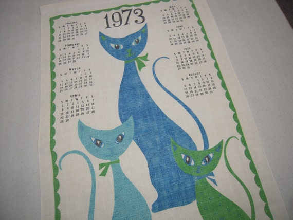 Vintage 1973 Calendar Towel Siamese Cats Greet a New Year