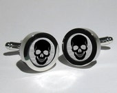 Skull Cufflinks,Pirate cufflinks,Rock n Roll cufflinks,Biker cufflinks,Steampunk cufflinks,Gothic Cufflinks,Grooms Gift,Gift for men