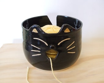 Super Cute Black Cat Yarn Bowl by misunrie