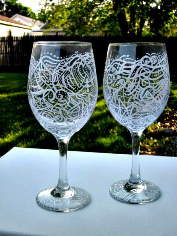 Abstract wine glasses hand painted unique colorful design for Cool wine glass designs