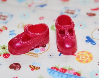 Blythe Red Shimmer T-Strap Mary Jane shoes