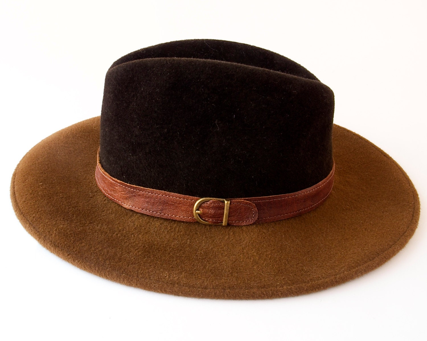 wide brimmed fedora hat fall fashion fall accessories