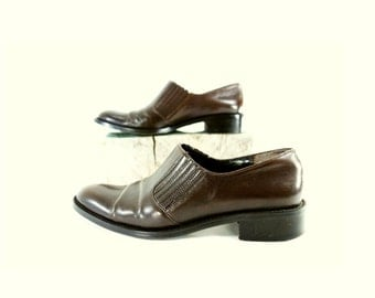 Vintage Brown Oxford, 90s Brown Shoe, 90s Brown Leather, Leather Low Heel, Dark Chocolate Brown, 90s Brown Shoes Size 8 1/2