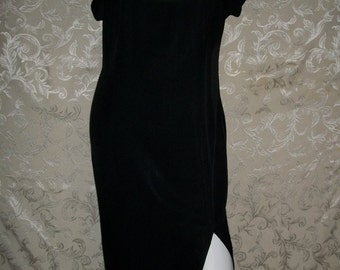 Vintage 80s Black and White Collar Dress Size 6