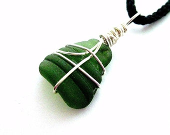 Irish Sea Glass Jewelry. Kelly Green Pendant. Sail Away
