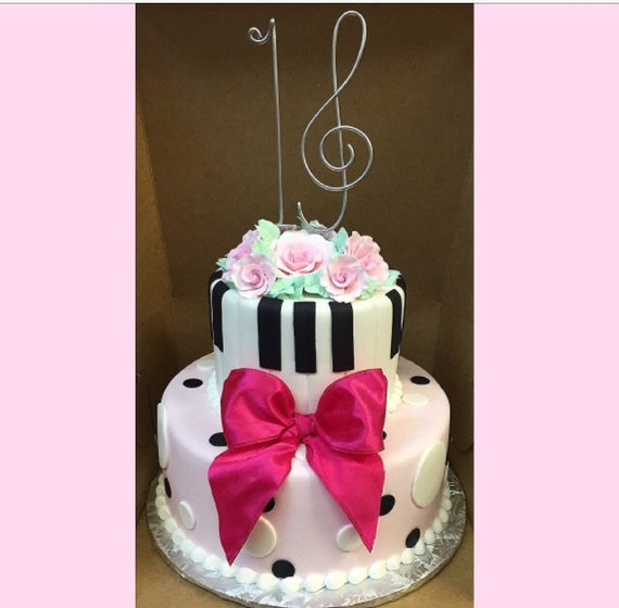 Items similar to Sweet 16 musical cake topper Sixteen ...