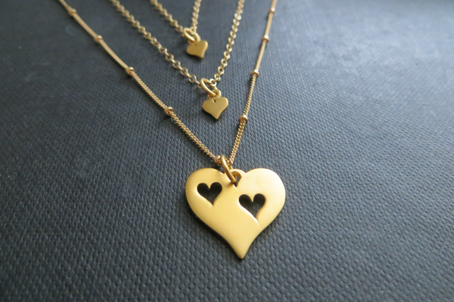 mother two daughters necklace gold heart necklace mother. Black Bedroom Furniture Sets. Home Design Ideas