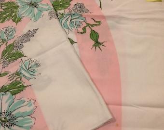 Vintage table cloth 48x60