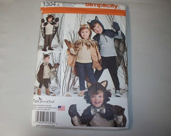 New Simplicity Childs'  Hooded, Cape, Costume Pattern, 1351 (3-4-5-6-7-8) (Free US Shipping)