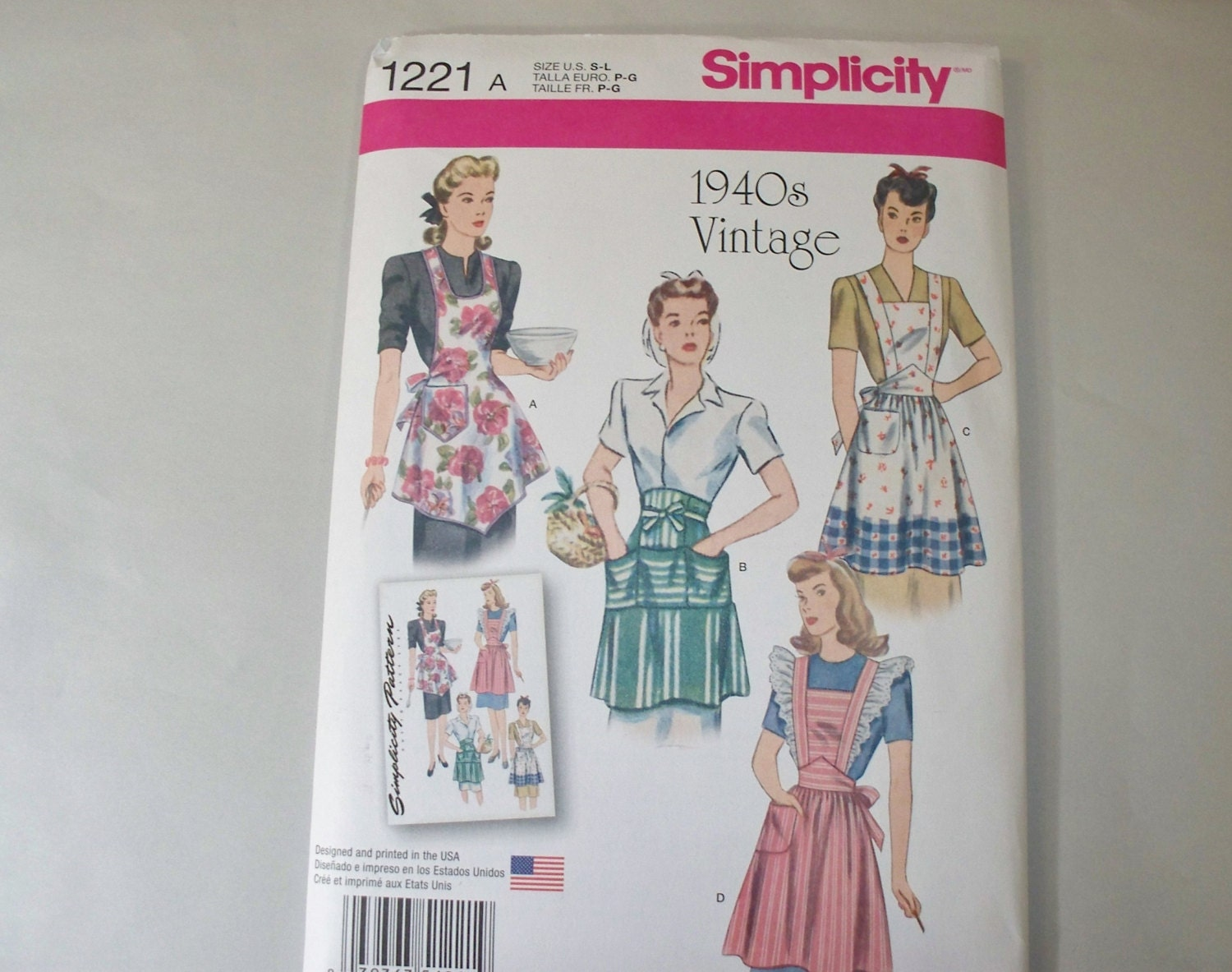 New Simplicity Vintage Style Apron Pattern 1221 Free US