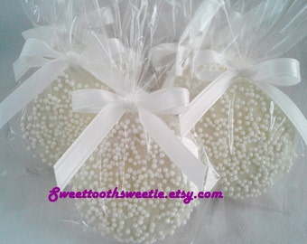 White Wedding Chocolate Covered Oreos Cookies Wedding Favors Baby Shower Favors Baptism Favors Christening Favors Winter Wonderland Party