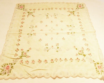 Hanki flower print cotton vintage 50's handkerchief flowers on white background pink edge
