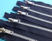 13 inch Closed Bottom Black Zippers, Silver Teeth Metal Zippers, Black Tape Closed Bottom Zippers, Black Zippers, Purse Zipper, 5 Pieces