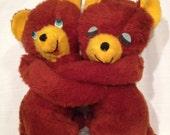Vintage hugging bears