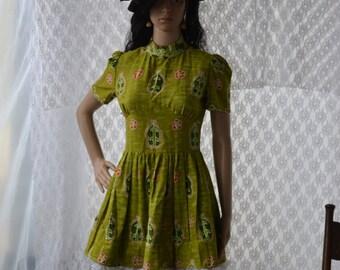 Womens Vintage Hawaiian Print Baby Doll Green Dress Boho Hippie Retro Upcycled Gypsy Ruffles Small