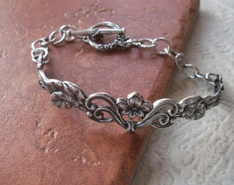 Vintage Floral Motif Cuff Bracelet - Butterly Toggle Clasp - Silver Ox Stamping