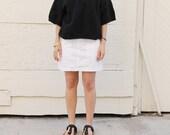 Crisp white DKNY skirt. S/M