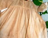 Primitive Little Vintage Dress Wall Hanger   HAFAIR