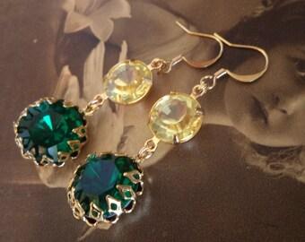 Vintage emerald rhinestone and Swarovski crystal dangle earrings