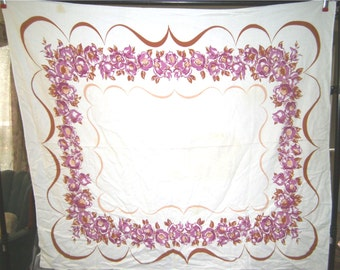 1950s Print Kitchen Table Cloth - Mauve Rose Chain