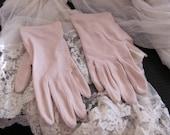 Vintage Beige Off White Ladies Nylon Stretch Wrist Gloves