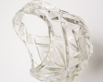 NEW YEAR SALE! Really cute, 1960s Italian lead crystal cut glass fruit or sweet basket in perfect vintage condition
