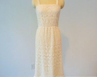 60s LACE cocktail wiggle dress size small