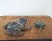 2 vintage frogs, vintage toad, cast iron frogs, painted doorstop, paper weights, paperweights, small frog doorstop, brass frog, collectible