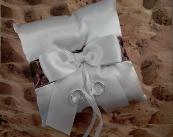 Camo Camouflage Military Ribbon White Satin Bow Wedding Ring Bearer Pillow