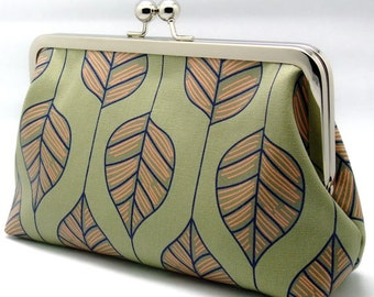 Big big leaves - Large Clutch Purse (L-023) R1