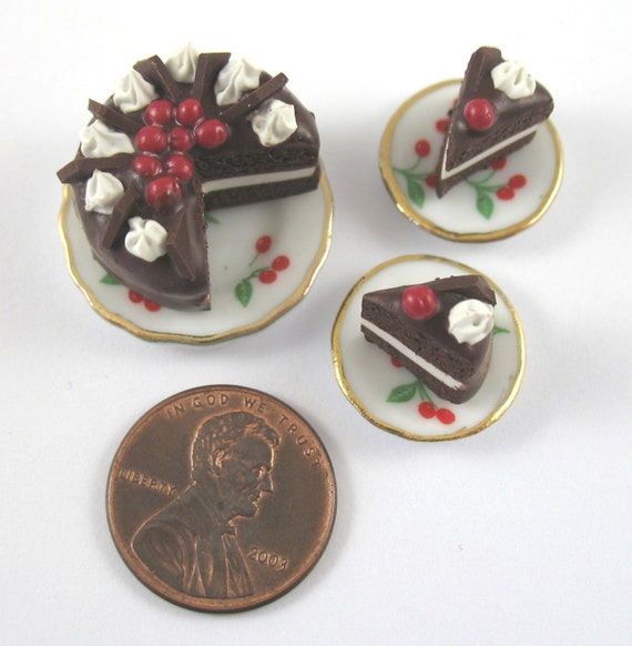 https://www.etsy.com/listing/50307023/dollhouse-miniature-food-black-forest?ref=related-0