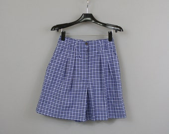 vintage 80s Blue Plaid High Waisted Pleated Shorts / 1980s NWT Abercrombie & Fitch Cotton Mom Shorts / Small