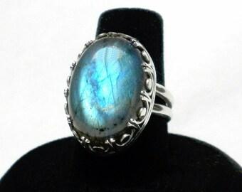 Labradorite Ring Designer Ring Labradorite Statement Ring Silversmith Ring Sterling Silver Gallery Wire Bezel