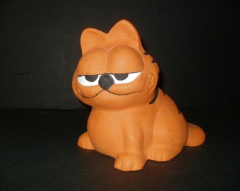 Big Vintage Garfield the Cat Figurine 7 Inches Tall - 1980s Collectible Unique Display