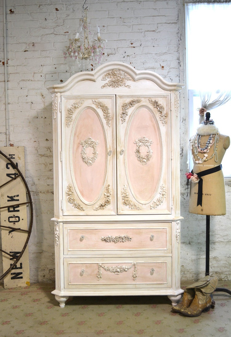 painted cottage chic shabby romantic french armoire am165. Black Bedroom Furniture Sets. Home Design Ideas