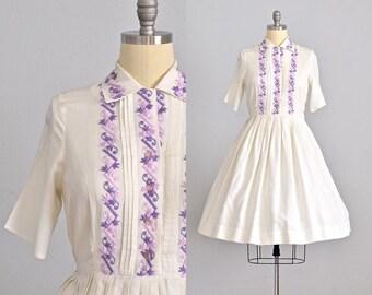 vintage 1950s dress • embroidered dress • vintage 50s shirt dress • 1950s day dress • large XL