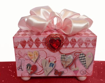 Trinket Jewelry Box Parisian Hearts Afire Red and Pink