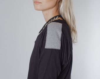 Black  shirt, bat sleeve shirt, grey geometrical applique, 3/4 sleeve - SweatShirtPull