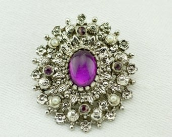 """Vintage Sarah Coventry """"Catherine"""" Pendant Brooch, Signed"""