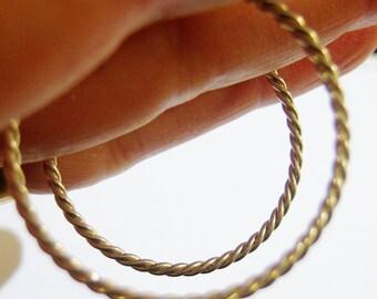 vintage thin silver tone large hoop loop pierced earrings 814A